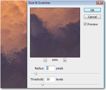 Adobe Photoshop: Spot corrections with the Dust & Scratches filter