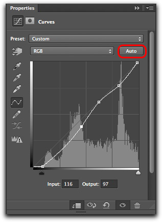 Adobe Photoshop CS6: The improved Auto button in the Curves properties panel.